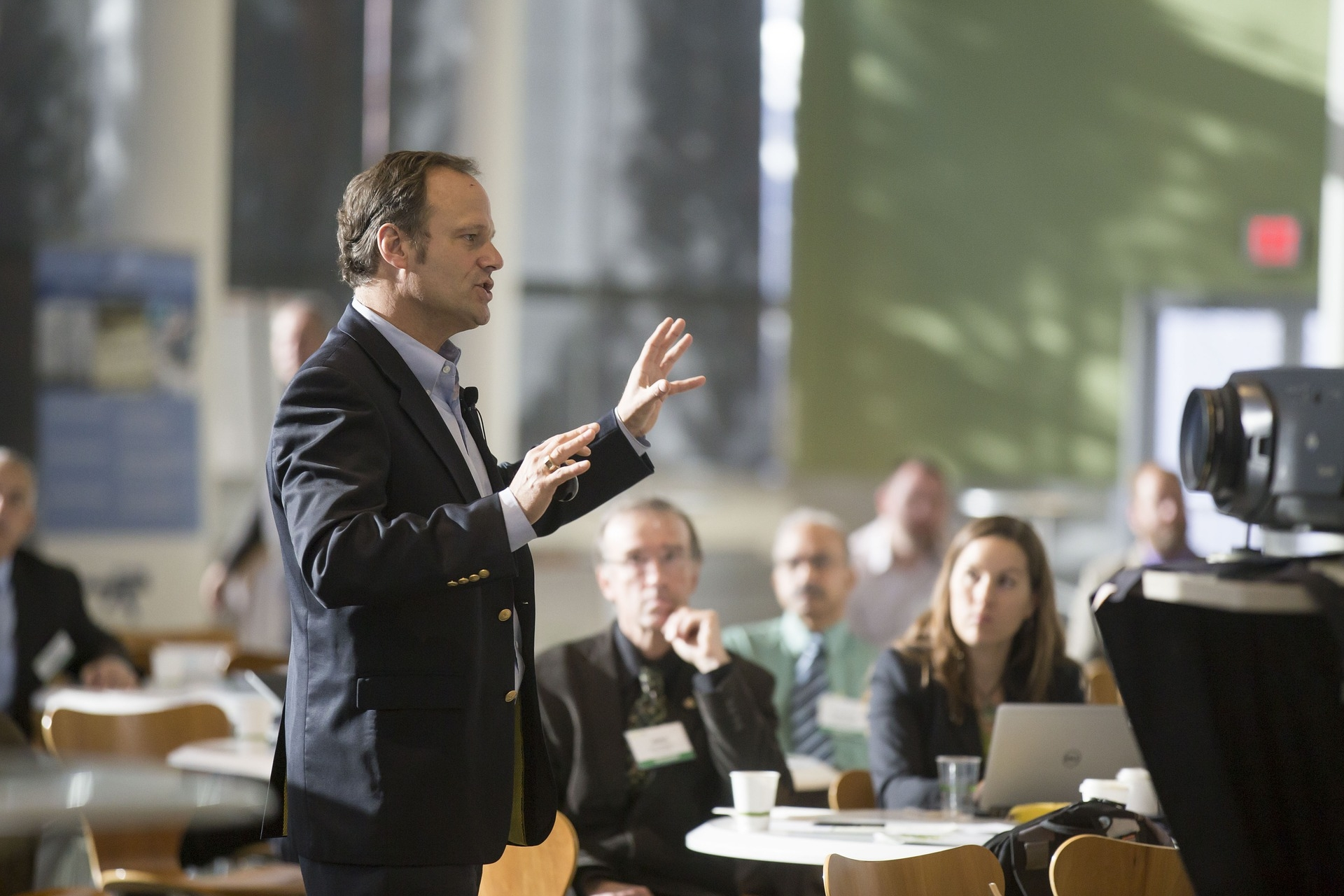 Geld verdienen als Keynote-Speaker auf Events, etc.