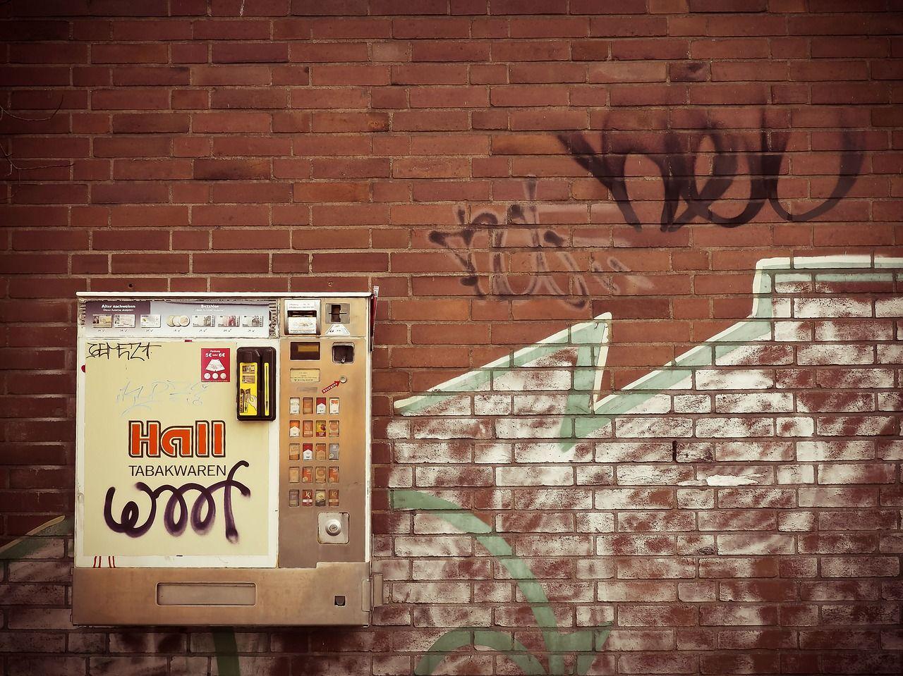 Für Immobilieninvestoren: Mehr Rendite durch das Aufstellen eines Zigarettenautomaten